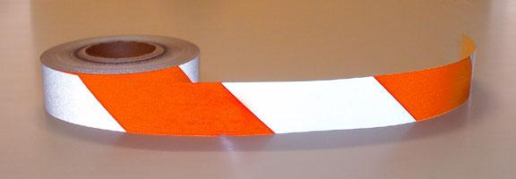 Nastro tape adesivo rifrangente riflettente bianco e rosso for Mainini arreda e illumina parma pr